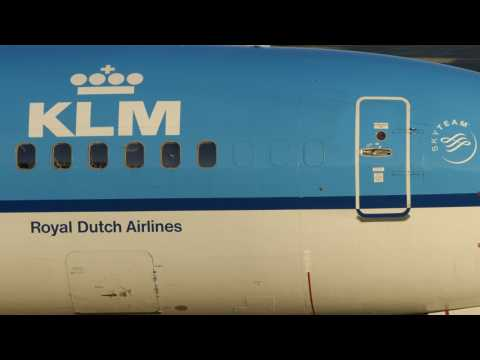 Air France/KLM CEO Says France Could Sell Stake In Air Line