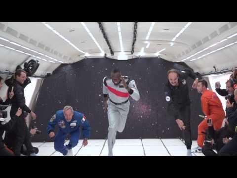 Usain Bolt trinque en apesanteur