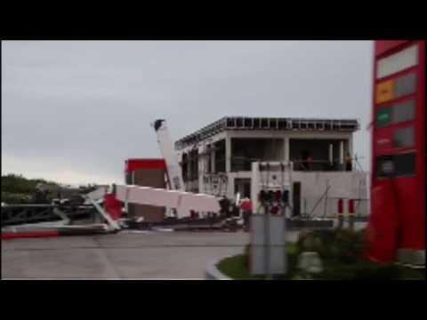 Super Typhoon Mangkhut smashes into Philippines