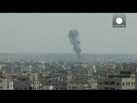 Israel resumes air strikes as Hamas rejects Gaza truce