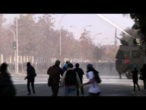 Chilean students protest lack of inclusion in education reform