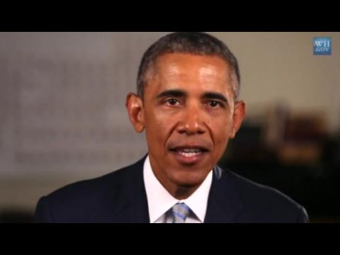 Obama pushes plan for free community college in weekly address