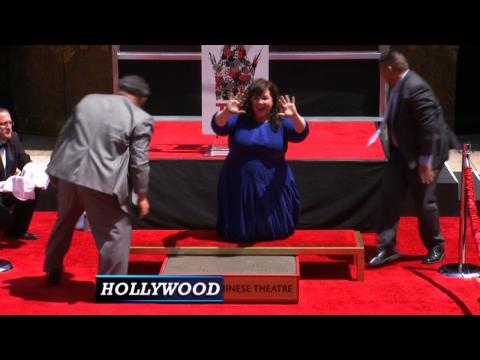 """Melissa McCarthy In Cement As """"Tammy"""" Gets Bad Reviews"""