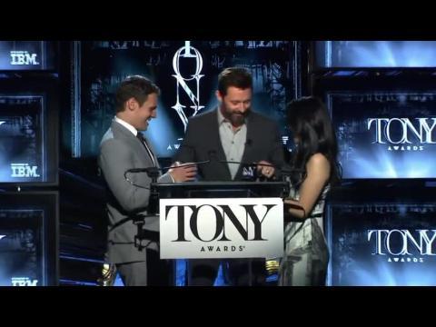 2014 Tony Award Nominees Take A Bow