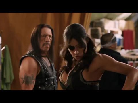 "Super Sexy Michelle Rodriguez Gets In A Cat Fight In ""Machete Kills"""