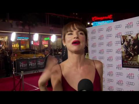 Juliette Lewis Talks About Working With Meryl Streep and Julia Roberts on AFI Red Carpet