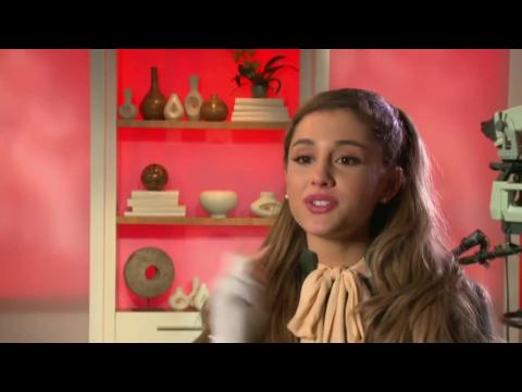 """Ariana Grande Is Excited About """"Christmas in Rockefeller Center"""" 2013"""