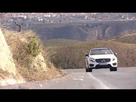 Mercedes-Benz GLA 250 4MATIC cirrus white Driving Video | AutoMotoTV