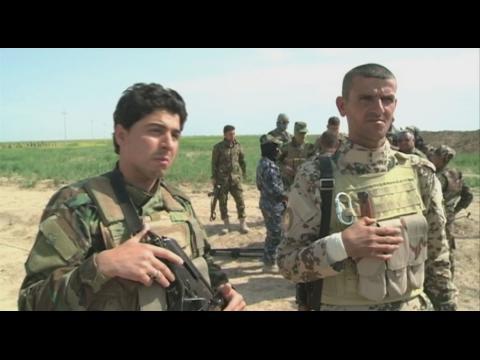 Iraq: Sunni militias fight alongside Peshmerga fighters