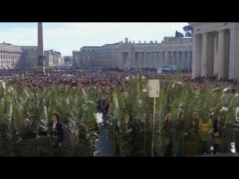 Pope pays tribute to 'today's martyrs'