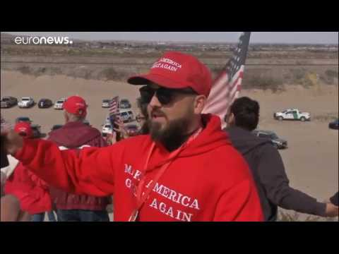 Texans demonstrate in support of border wall ahead of Trump visit