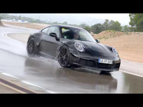 Development Porsche 911 - Testing Wet Handling Circuit