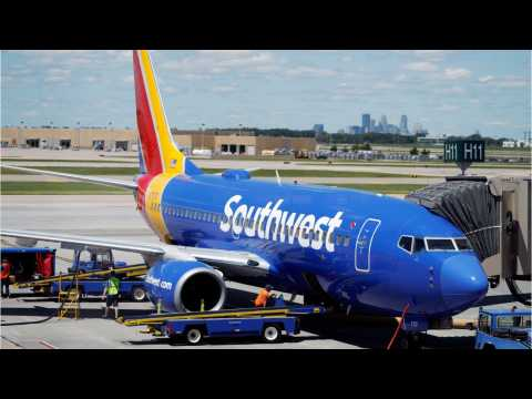 Southwest Shares Drop Due To Spike In Cancellations