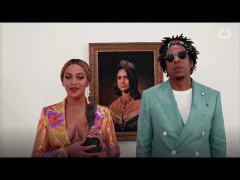 "Beyoncé And Jay-Z' ""Bow Down' To Meghan Markle Portrait At BRIT Awards"