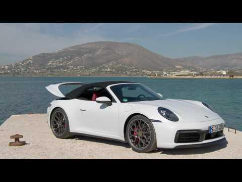 Porsche 911 Carrera S Cabriolet Design in Carrara White Metallic
