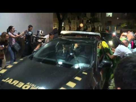 Former president Temer arrives at Rio police HQ after arrest