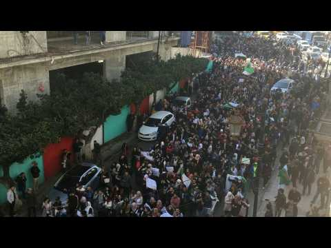 Algeria: students protest Bouteflika bid for fifth term as deadline looms
