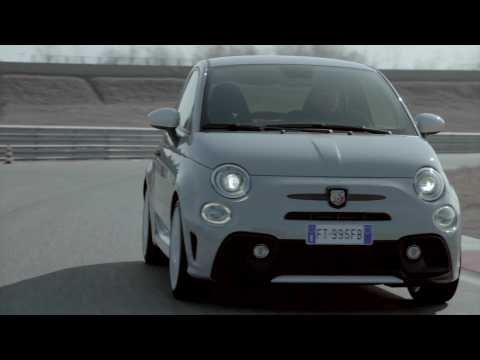 Abarth 595 esseesse Driving Video