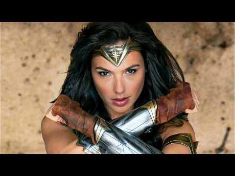 Gal Gadot Praises 'Wonder Woman 1984' Co-Star Kristen Wiig