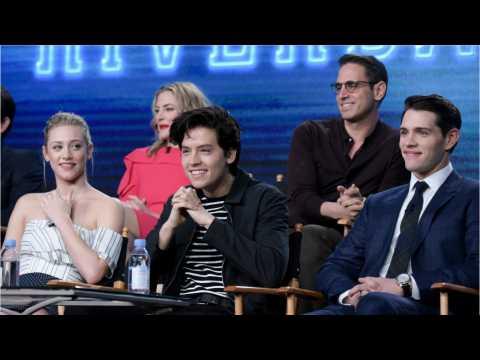 'Riverdale' Wins Kids' Choice Award