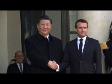 Chinese president Xi Jinping arrives at Elysee for talks