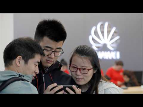 Huawei Got Caught Passing Off Professional Picture As Image From New Phone