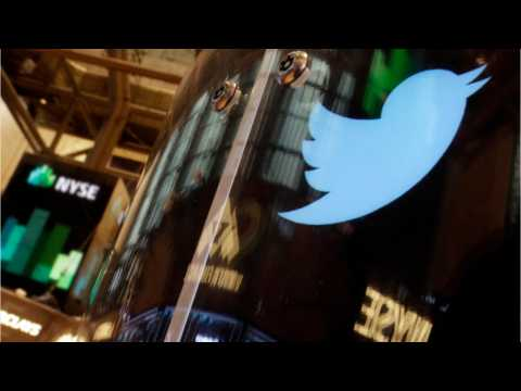 Twitter Makes In-App Camera Use Simpler
