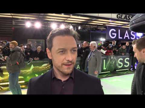 James McAvoy made a mess of his white shirt with Oscars autograph collection