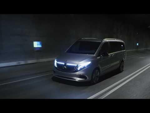 Mercedes-Benz Concept EQV Driving Video