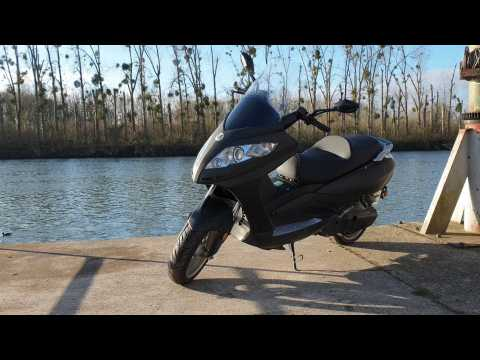 Test du Rider 9000W, le scooter électrique qui en a dans le ventre