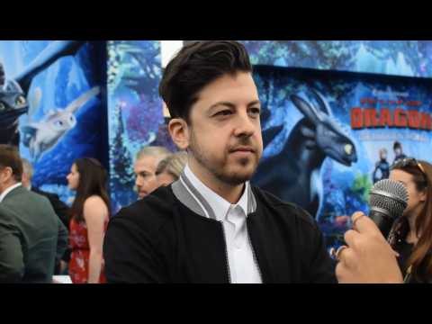 Christopher Mintz-Plasse on how hard was to train his pet