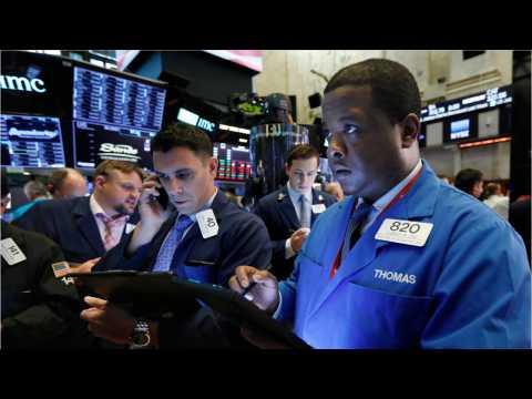 Wall Street Slips Amid Trade Tensions, Fueling Global Economic Slowdown Fears