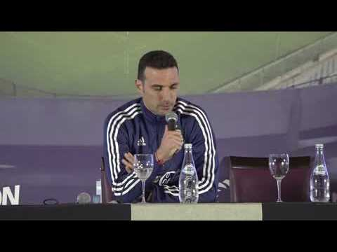Ambient: Soccer Argentina Scaloni on Messi