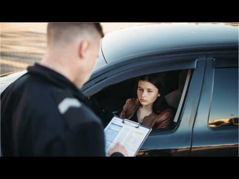 The Dos And Don'ts Of Getting Pulled Over