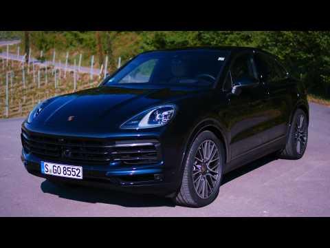 Porsche Cayenne S Coupé Design in moonlight blue