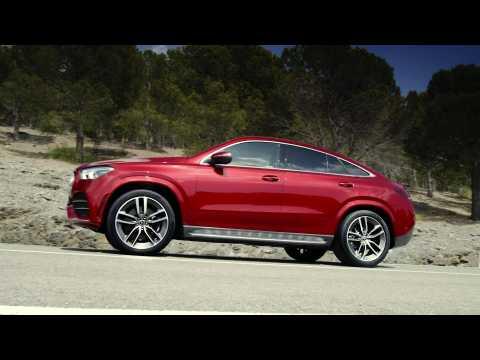 Mercedes-Benz GLE 4MATIC Coupé Trailer