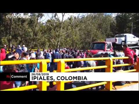 Venezuelan migrants protest after Ecuador shuts border crossing