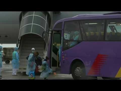 First batch of Hong Kongers repatriated from Hubei arrive home