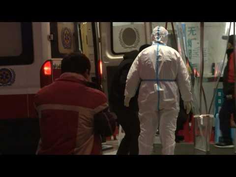 China virus death toll passes 1,110