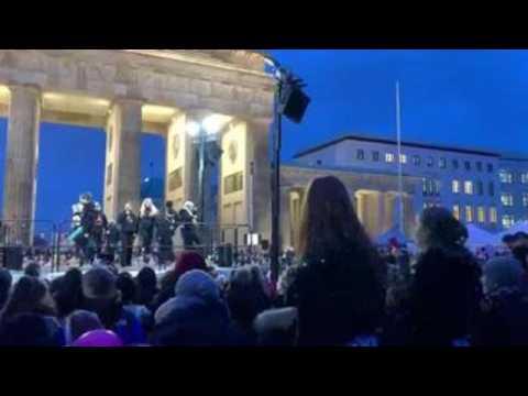 Berlin celebrates Valentine's Day with dance against gender violence