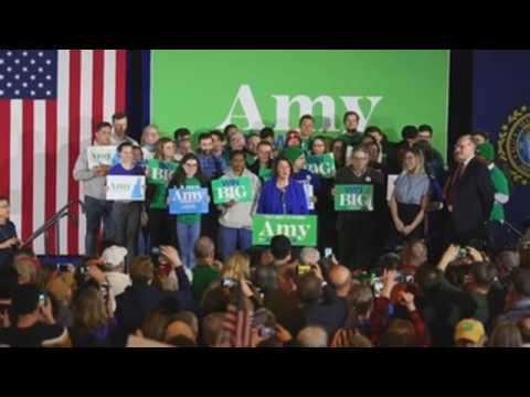 Amy Klobuchar, Elizabeth Warren hold rallies in New Hampshire