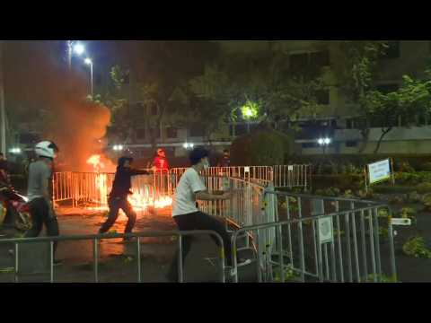 Thai demonstrators clash with police at Grand Palace