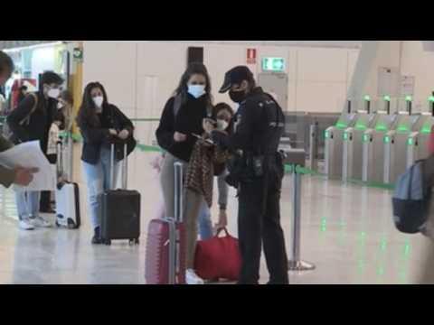 Police controls at Barajas airport