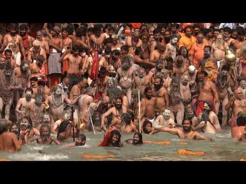 Pilgrims bathe in the Ganges despite India Covid surge