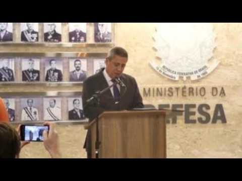 Bolsonaro names new military commanders after mass resignation