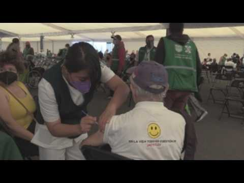 Mexican capital increases tests and accelerates vaccination to stop covid