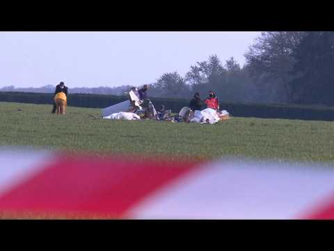 Four dead near Paris in a tourist plane crash