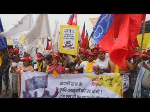 Indian farmers marks Martyrs' Day with another protest