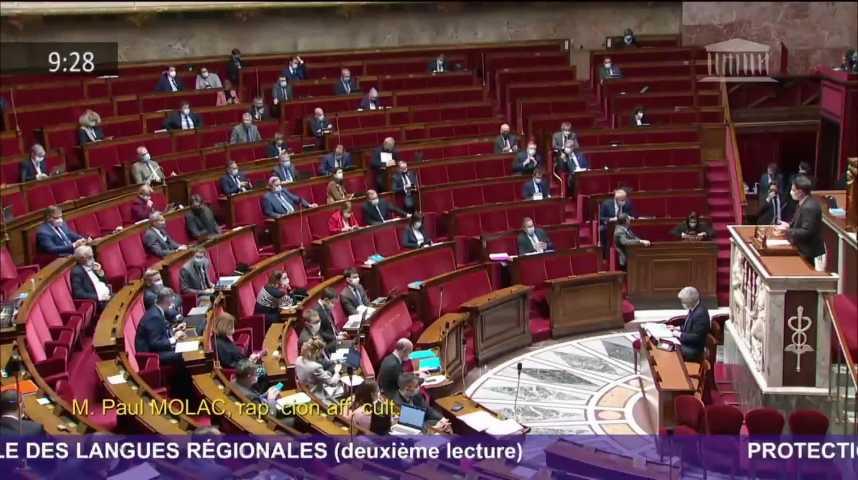 Thumbnail Langues régionales : une loi historique portée par le député Paul Molac
