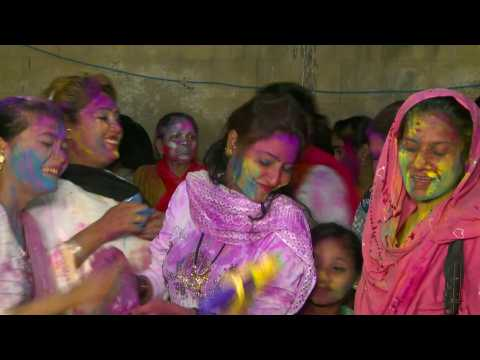 Pakistan Hindus celebrate Holi, the festival of colours
